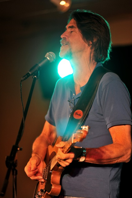 Guitarist Will McFarlane